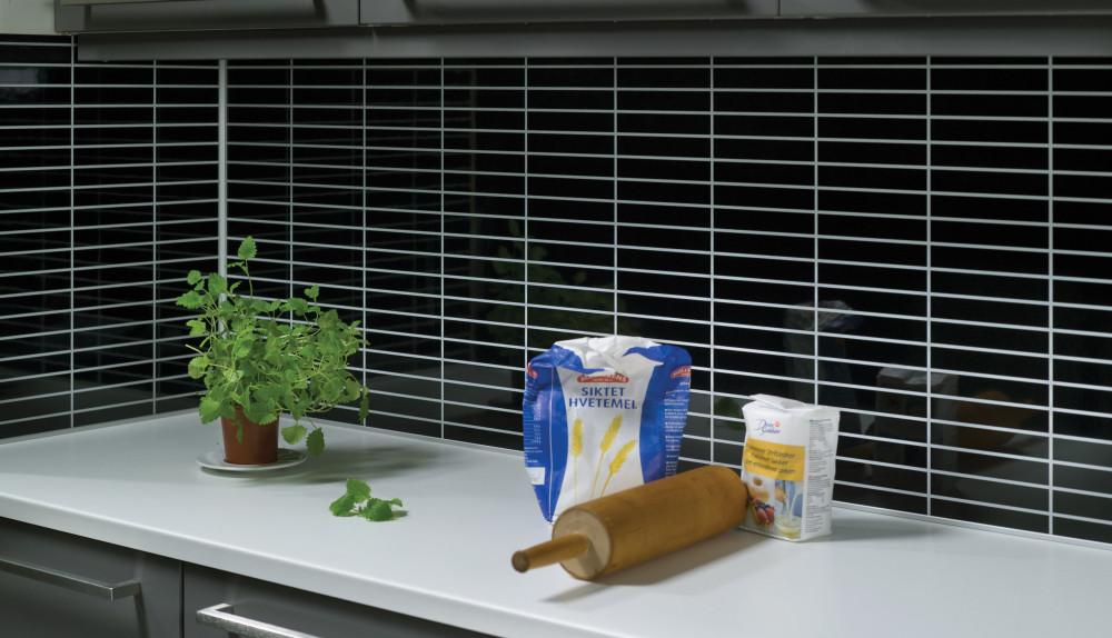 Hvit kjøkkenbenk 2