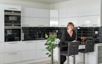 Med lidenskap for interiør: – Jeg er veldig glad i kjøkkenet vårt